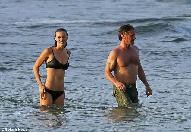 56-летний Шон Пенн закрутил роман с 24-летней актрисой