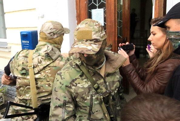 """Суд окупантів заарештував затриманих у Севастополі """"українських диверсантів"""""""