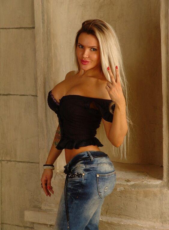 Чемпионка Европы по фитнес-бикини из Киева занялась сексом в российском шоу