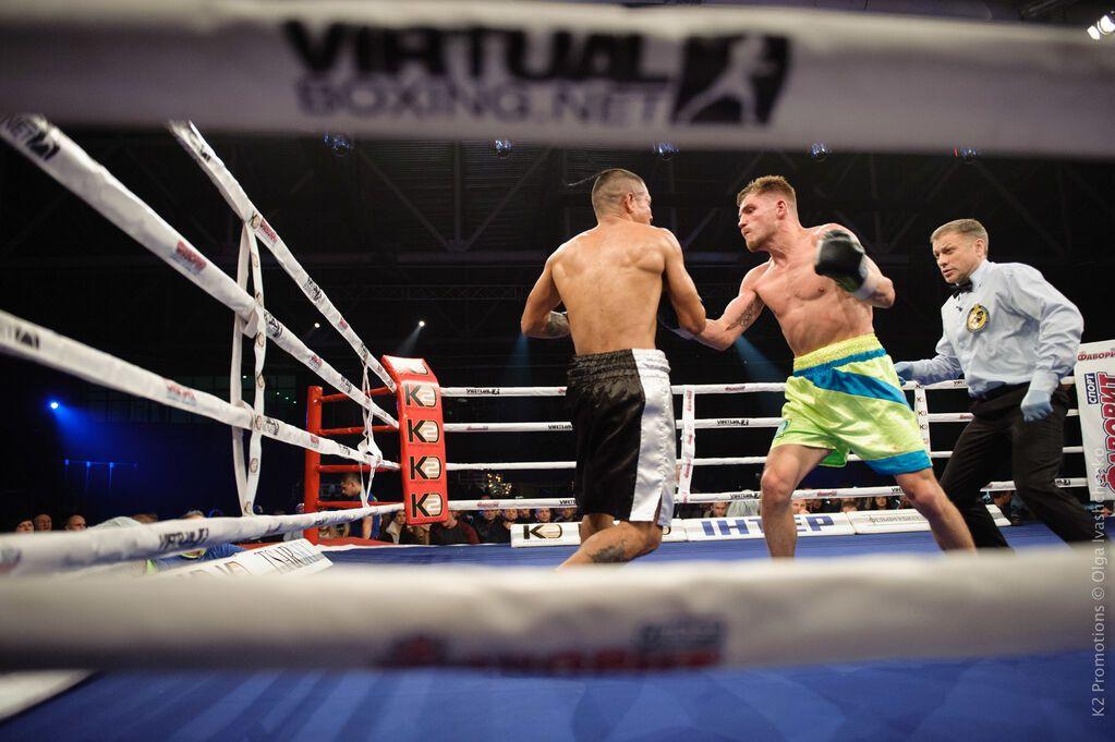 Непереможний український боксер здобув найважчу перемогу в кар'єрі - відео бою