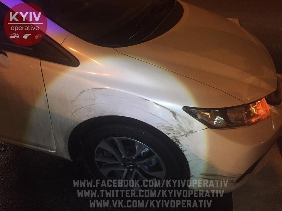 """У Києві п'яний """"депутат"""" влаштував перегони з поліцією та протаранив їхній Prius"""