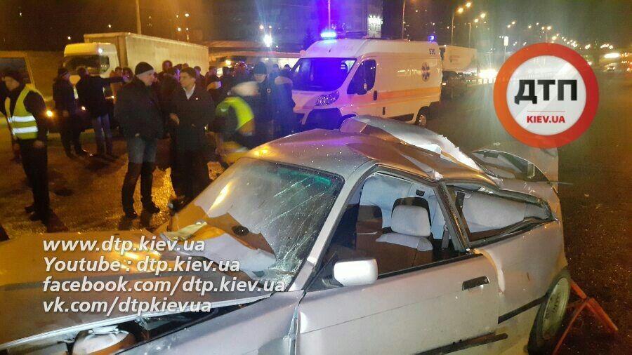 У Києві відбулися дві страшні аварії: є загибла і постраждалі