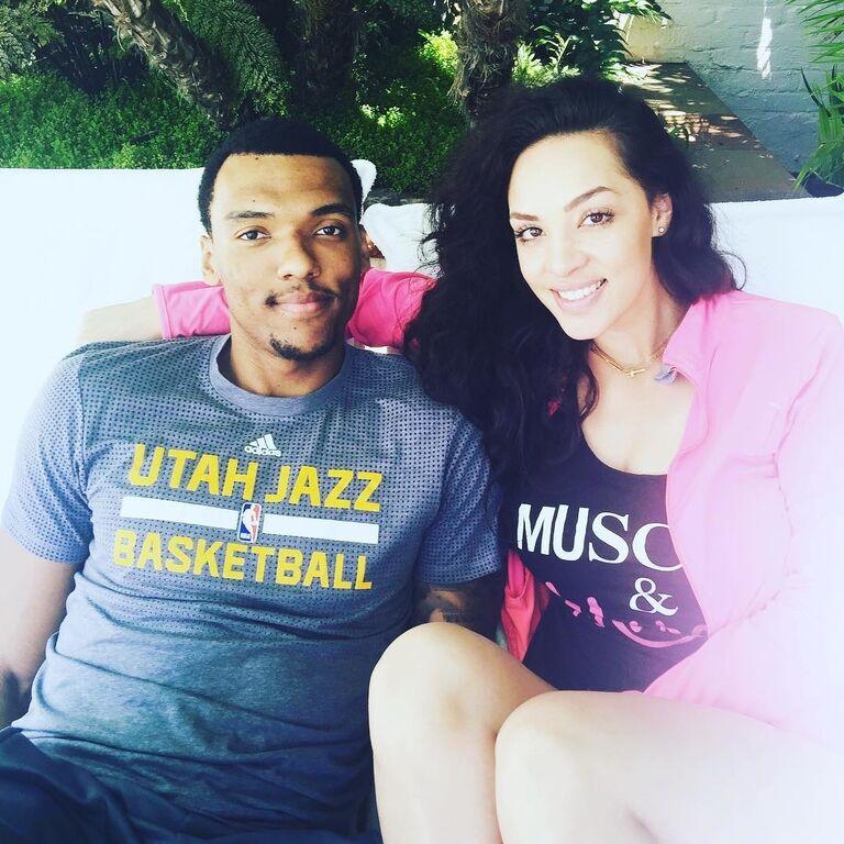 Стильний макіяж: українець у НБА Боломбой показав фанатам свою дівчину