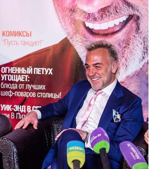 """Другий раз за півроку: італійський """"танцюючий мільйонер"""" вирішив підкорити Москву"""