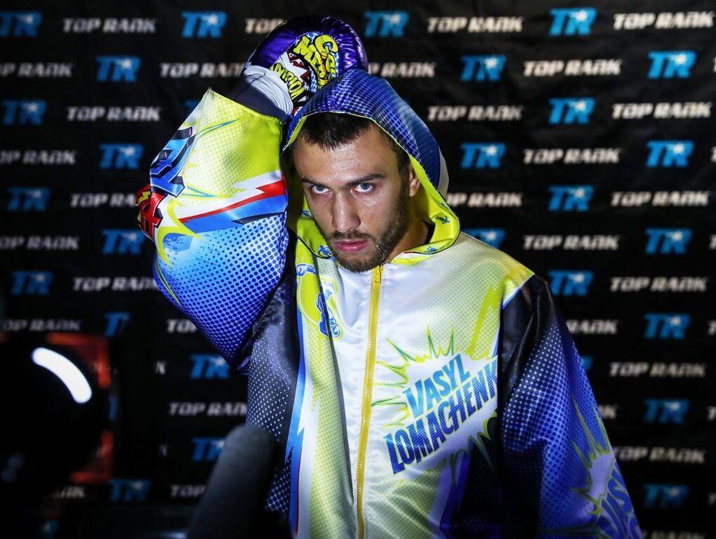 Ломаченко добыл уверенную победу в чемпионском бою
