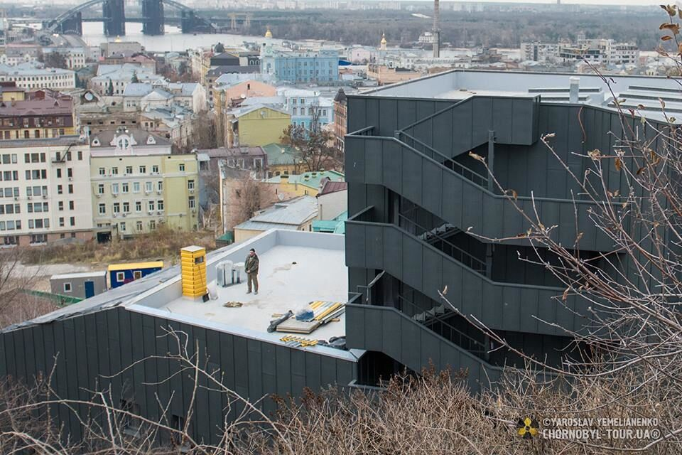 Крематорий или театр: все подробности скандальной реконструкции на Подоле