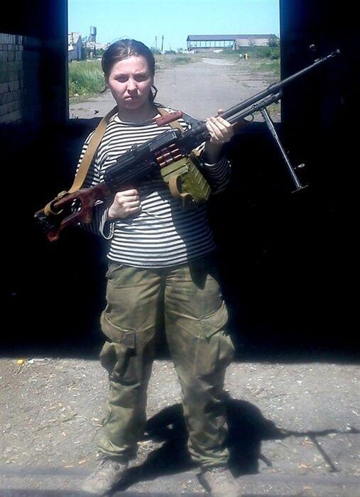 """Без ноги та пальців рук: снайперша терористів виявилася нікому не потрібною в """"ДНР"""""""