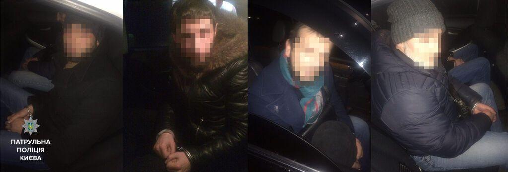 У Києві грабіжники на Lexus намагалися викрасти чоловіка