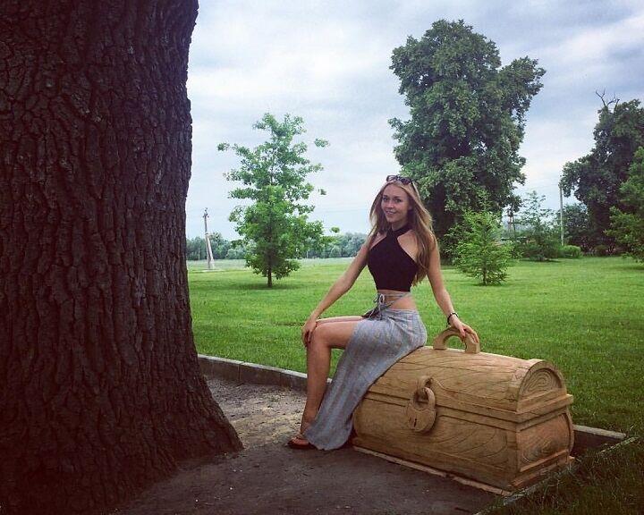 Жена непобедимого украинского боксера влюбила в себя интернет роскошной внешностью