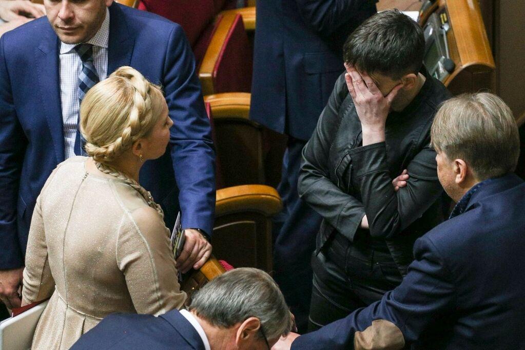 """Відхід Савченко від Тимошенко """"оживили"""" в кумедних фотографіях"""