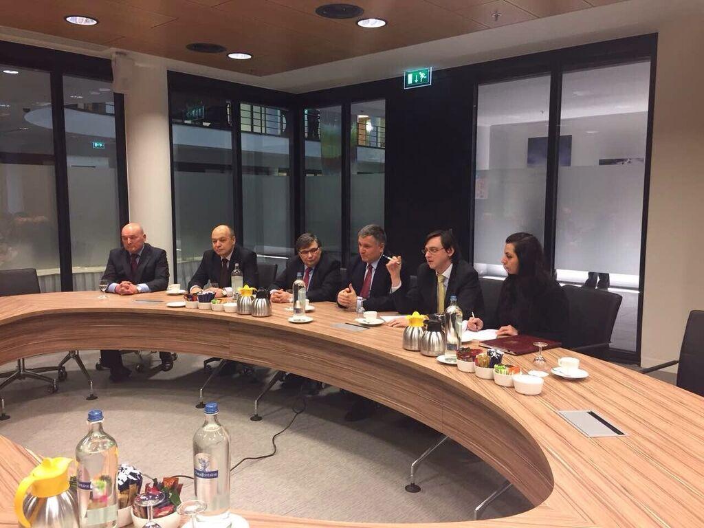 Стратегическое и оперативное сотрудничество: Аваков подписал договор с Европолом