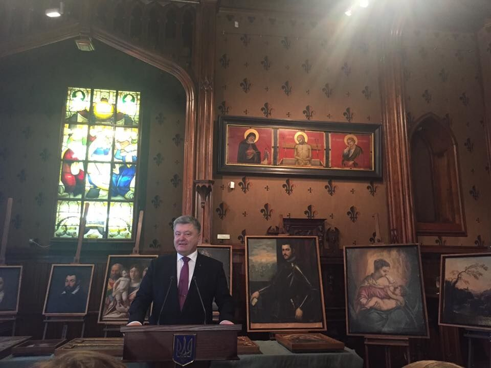 Нашлись в Украине: Порошенко передал музею Вероны украденные картины