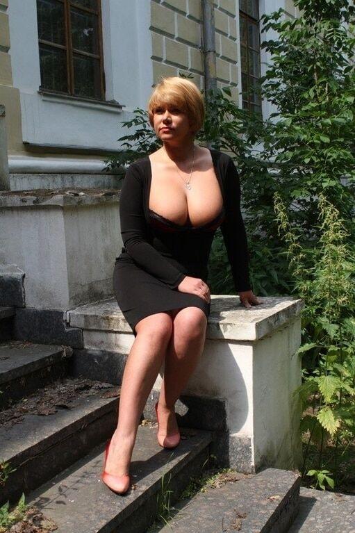 Голые Тетки В Контакте