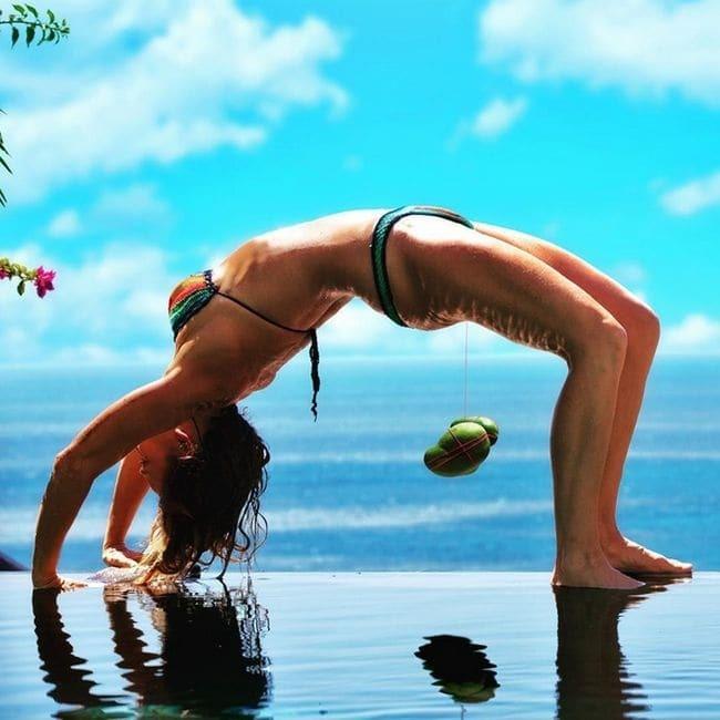 Вагинальный бодибилдинг. Женщина-тренер поразила соцсети интимным мышцами
