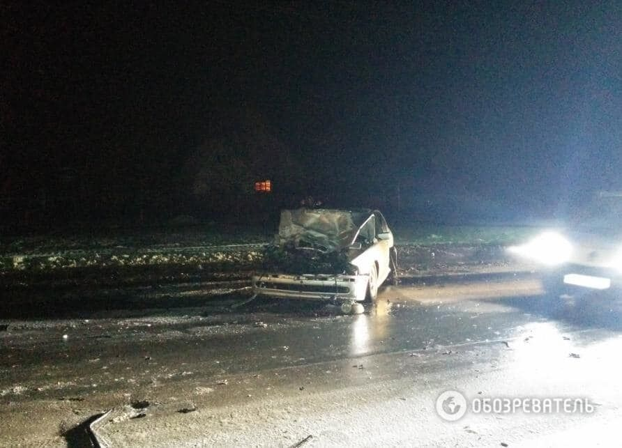Под Киевом из-за гололеда перевернулась маршрутка с пассажирами
