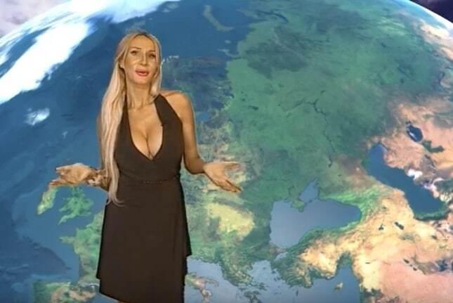 """Російська ведуча прогнозу погоди """"підірвала"""" інтернет своїми формами: опубліковано відео"""