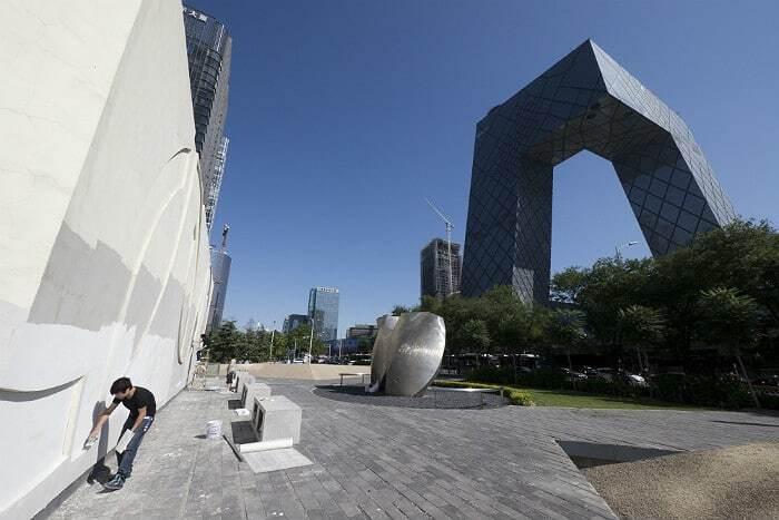 У Китаї заборонять дивні будівлі: опубліковано фото прикладів