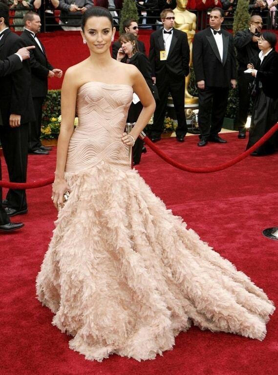 """Церемонія """"Оскар"""": топ-20 найефектніших вбрань зірок за 10 років"""