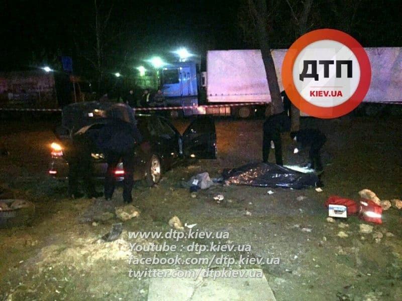 Погоня полиции в Киеве: появились жуткие фото с места стрельбы