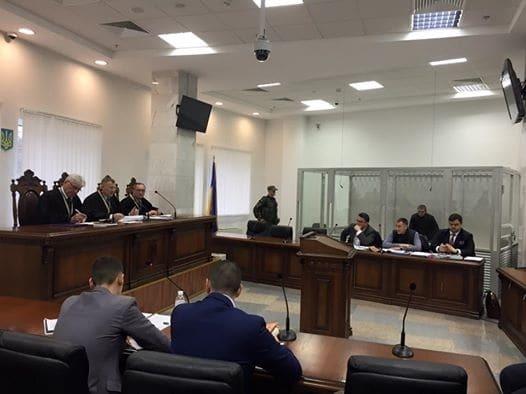 Дело Олийныка: поддержать полицейского приехали Деканоидзе, Аваков и Кличко