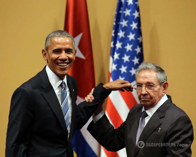 Незграбний конфуз: Кастро не дав Обамі поплескати себе по плечу. Опубліковано відео