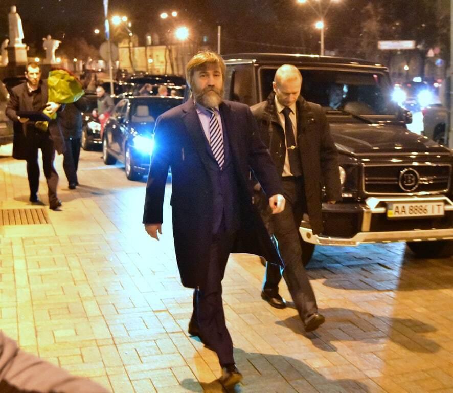 Олигархи, депутаты и Листерман. Папарацци показали, кто пришел на юбилей Кличко