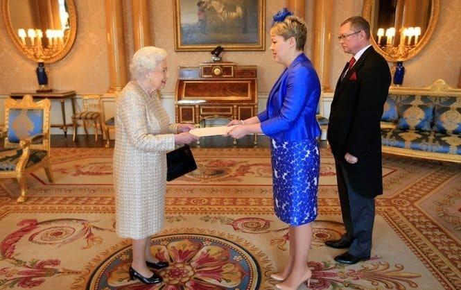 Стало известно, зачем в Лондоне Елизавета II встретилась с послом Украины