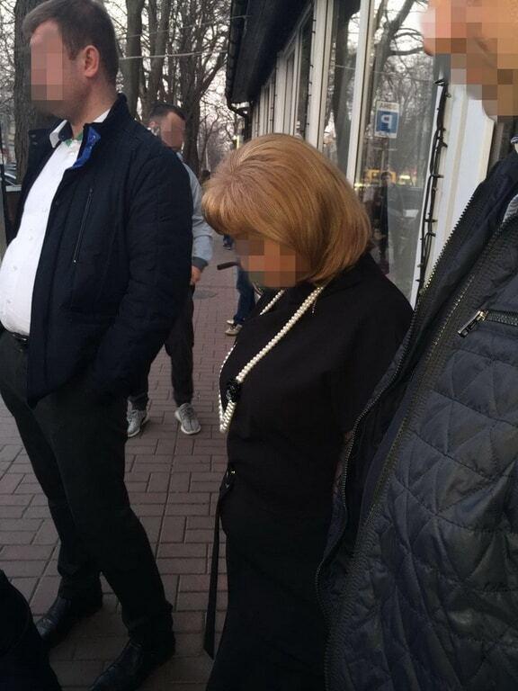 Декан одного из вузов Одесской области погорела на взятке