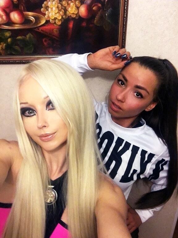 Одесская Барби опубликовала фотосессию в тренажерном зале