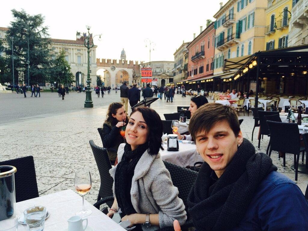 Романтический уик-энд в Вероне: Лещенко с женой отметили годовщину свадьбы в Италии