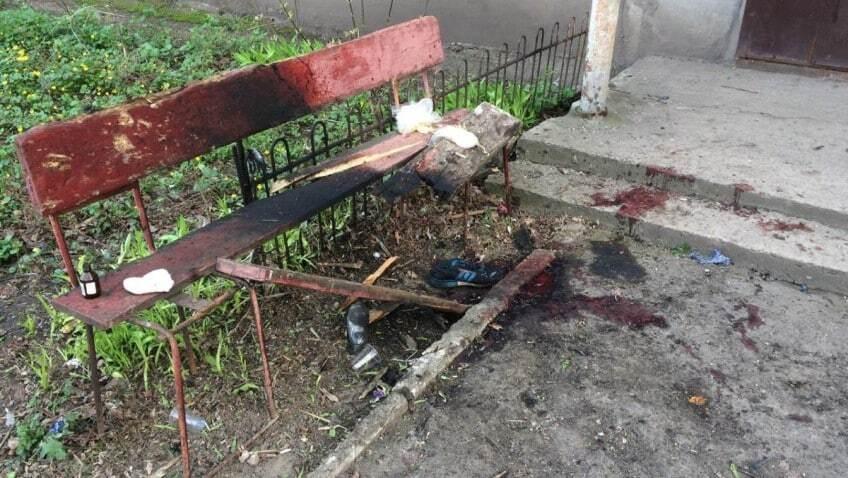 """Трое пьяных террористов """"ЛНР"""" подорвали себя гранатой на лавочке во дворе"""