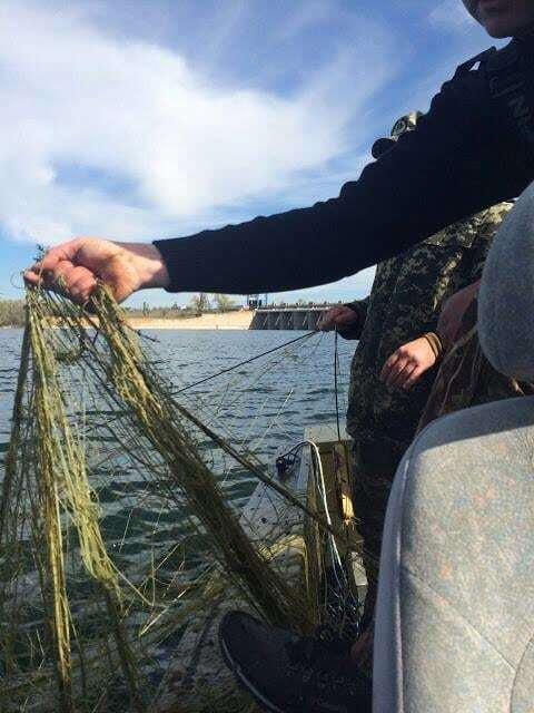 На Каховській ГЕС впіймали браконьєрів, які ловили цінні види риб