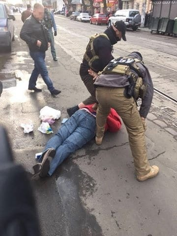 """На Одещині СБУ спіймала на хабарі """"антикорупціонерів"""""""