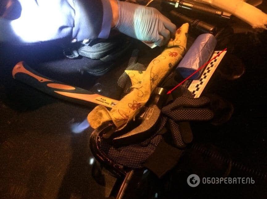 У Києві затримали банду, яка обчищає салони автомобілів: опубліковано фото