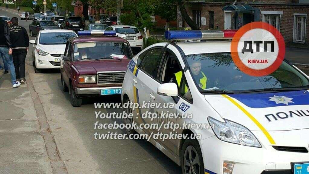 У Києві Lexus двічі наїхав на дитину: 3-річний хлопчик у реанімації
