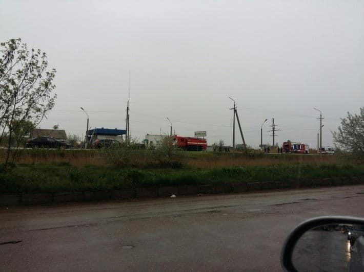 В окупованому Джанкої прогримів вибух на автозаправці: опубліковано фото і відео