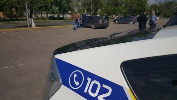 У центрі Миколаєва чоловіка пограбували на мільйон гривень