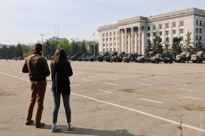 Маевка в Одессе. Куликово поле заняли более тысячи силовиков