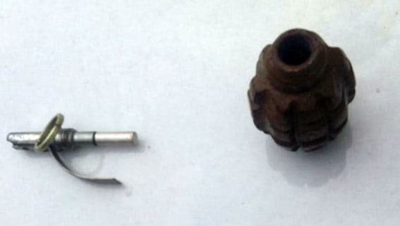 Граната в кишені: в Маріуполі поліція затримала небезпечного підлітка. Фотофакт