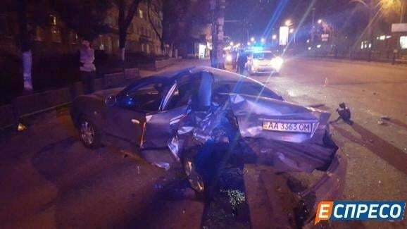 У Києві п'яний водій протаранив 3 автівки: є постраждалий