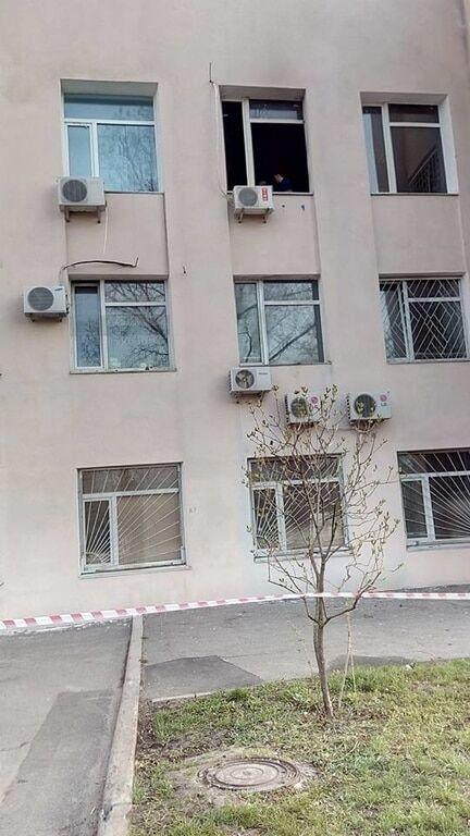 У Києві спалили кабінет судді у справі ГРУшників: опубліковані фото