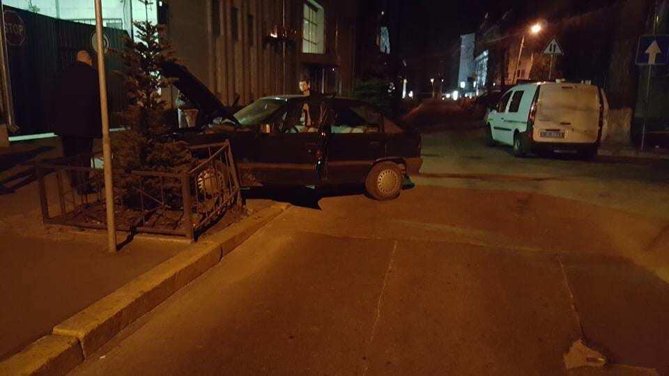 В Киеве патрульный-именинник перехватил автоугонщика за 15 минут