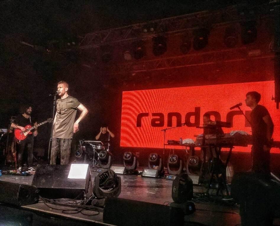 Украинский певец устроил феерическое шоу для россиян