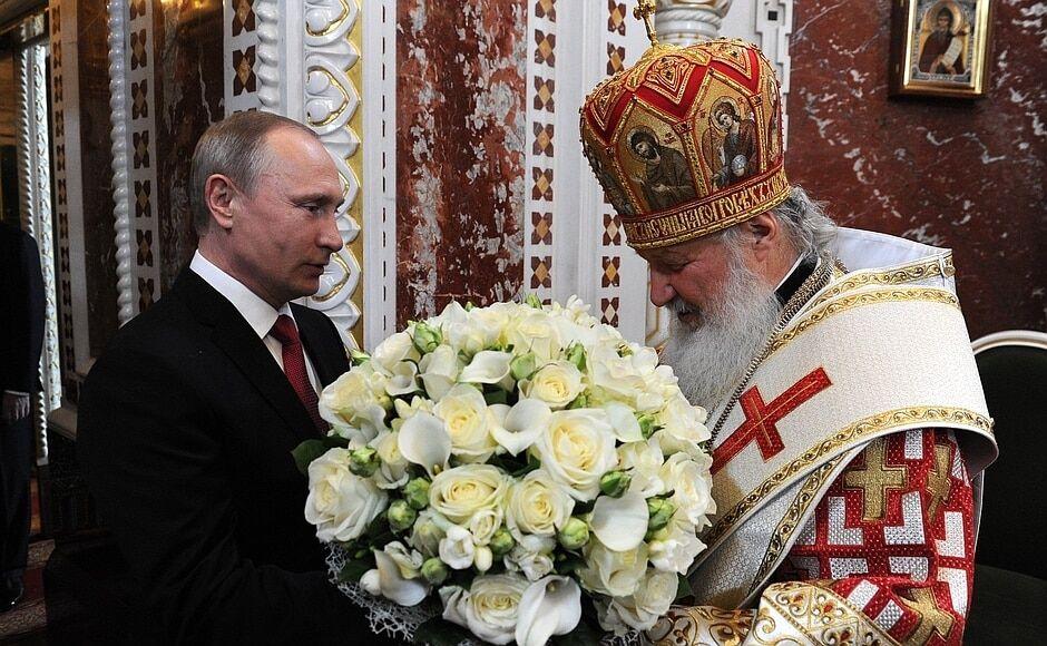 Ювелирная работа: Путин и Медведев получили пасхальные яйца от патриарха Кирилла
