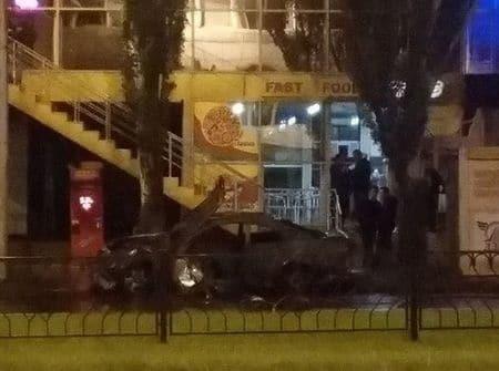 """Живцем згорів бізнесмен із """"ЛНР"""": стали відомі подробиці вибуху в Донецьку"""