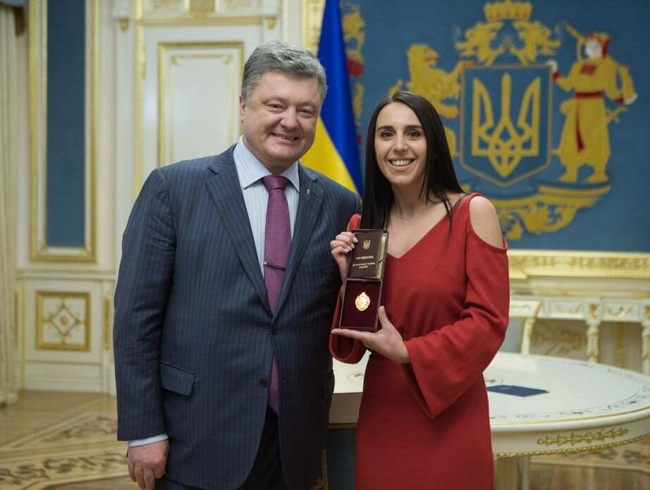 Порошенко присвоил Джамале звание народной артистки Украины