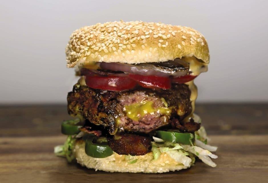 Кулинарное порно: повар из США создал книгу рецептов аппетитных бутербродов