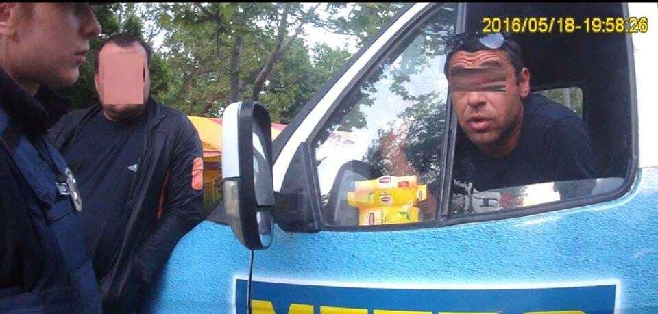 """У Миколаєві спіймали водія маршрутки з """"липовими"""" правами"""