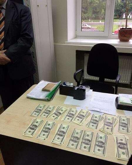 """На гарячому: голова РДА Полтавської області """"погорів"""" на великому хабарі"""