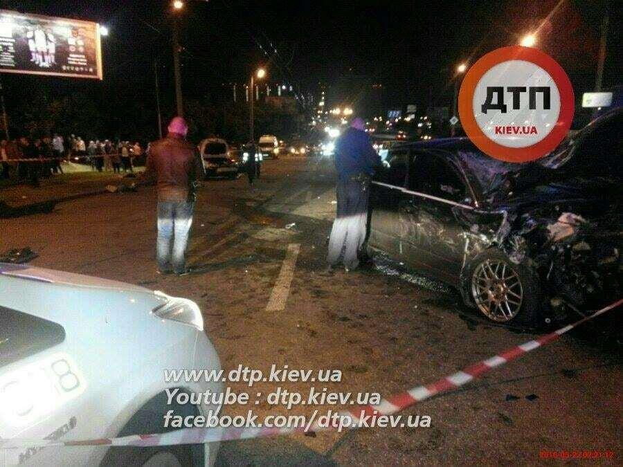 Жахлива смертельна ДТП у Києві: п'яний водій Audi влетів у попутний Subaru